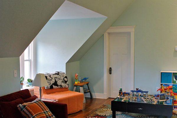 stoughton-attic3